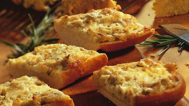 Image of Artichoke-rosemary Bruschetta, Pillsbury