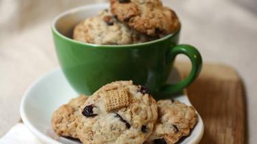 Cinnamon Chex® Breakfast Cookies
