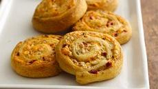 Cheesy Olive-Bacon Crescent Spirals Recipe