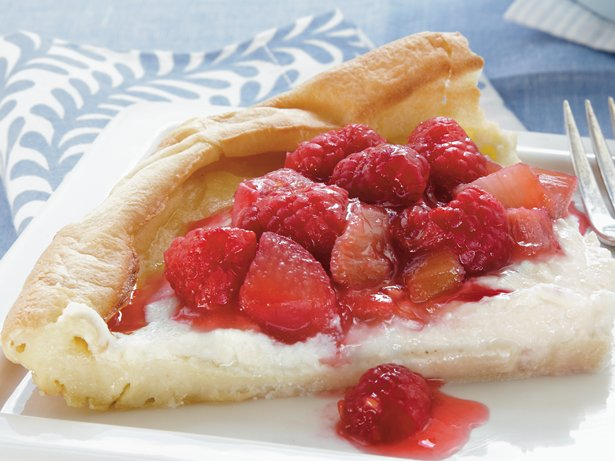 Raspberry-Rhubarb Puff Pancake