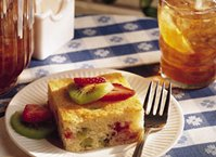 Kiwi and Strawberry Shortcake Squares