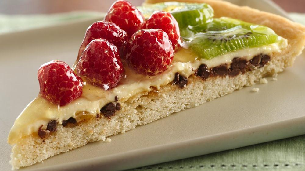 Raspberry-Kiwi Dessert Pizza