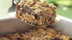 Chocolate Chip, Oats 'n Caramel Cookie Squares Recipe