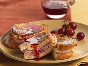 Monte&#32;Cristo&#32;Stuffed&#32;French&#32;Toast&#32;with&#32;Strawberry&#32;Syrup