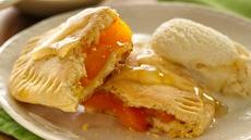 Grands! Jr. Honey-Ginger Peach Pies Recipe
