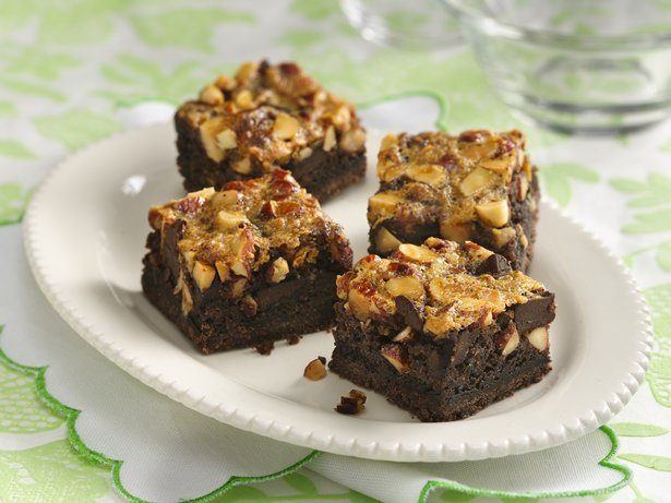 Chunky Chocolate and Almond Bars