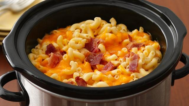 Slow Cooker Bacon-Topped Mac 'n Cheese