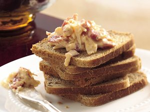 Slow&#32;Cooker&#32;Hot&#32;Reuben&#32;Spread