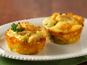 Impossibly&#32;Easy&#32;Mini&#32;Chicken&#32;&#39;n&#32;Broccoli&#32;Pies