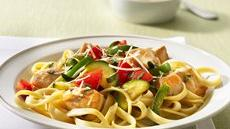 Fettuccine with Chicken and Herbed Vegetables Recipe