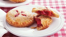 Strawberry Rhubarb Mini Pies Recipe