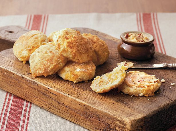 Cheese Biscuits with Chipotle Butter recipe from Betty Crocker