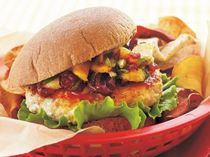 Turkey&#32;Burgers&#32;with&#32;Chutney