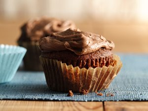 Frosted&#32;Chocolate&#32;Malt&#32;Cupcakes