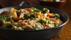 Broccoli Cheese Chicken and Rice Skillet Recipe