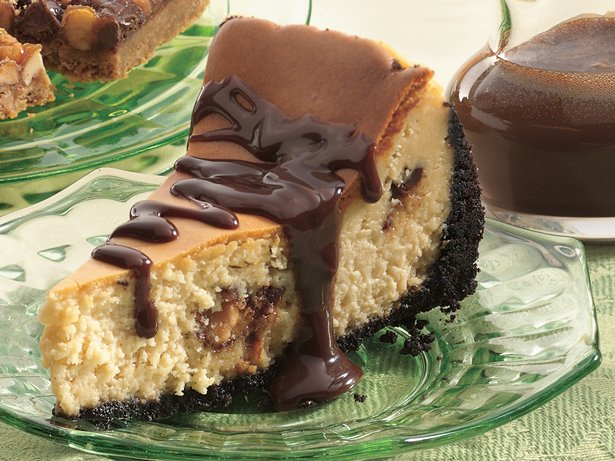 Triple Chocolate Candy Bar Cheesecake