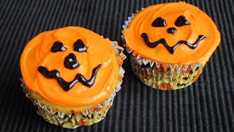 Pumpkin Cupcakes with Sunflower Nut Filling