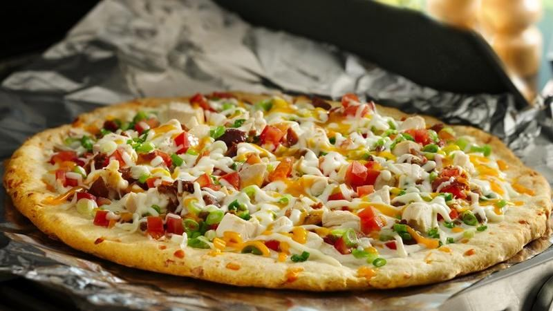 Grilled Chicken n' Bacon Ranch Pizza