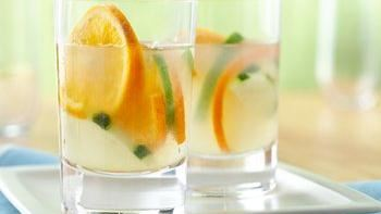 Fizzy Grapefruit Margarita recipe - from Tablespoon!