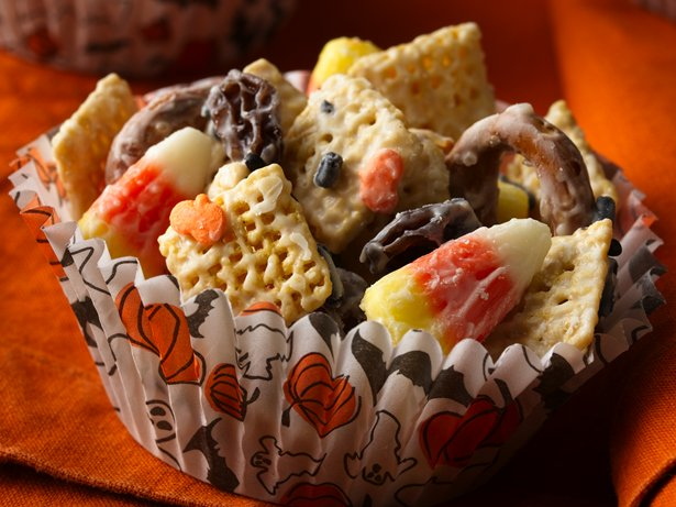Halloween Chex Mix (1/2 Recipe)