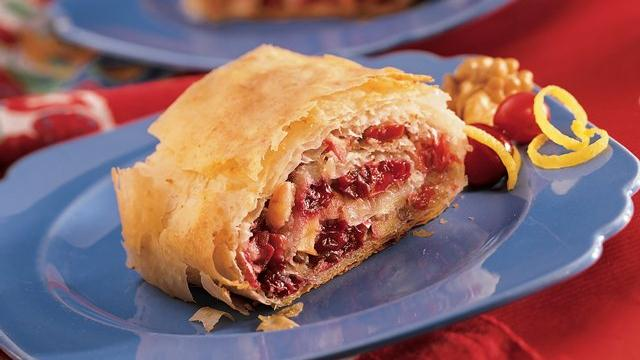 Image of Apple-cranberry Strudel, Pillsbury