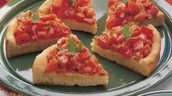 Tomato-Topped Onion Bread Wedges