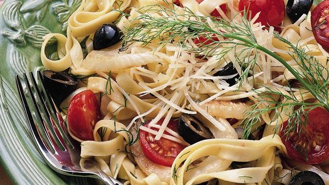 Fettuccini with Tomatoes, Olives and Fennel
