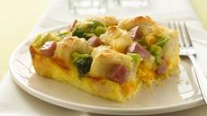 Ham 'n Biscuit Egg Bake Recipe