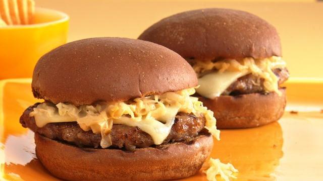 Reuben Bratwurst Burgers Recipe