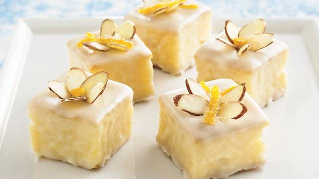 Apricot Petits Fours