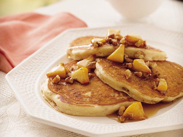 Praline Peach Pancakes recipe from Betty Crocker