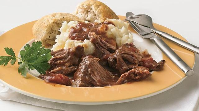 Slow Cooker Short Ribs in Red Wine