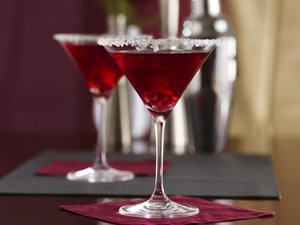 Pomegranate-Ginger&#32;Prosecco&#32;Cocktails