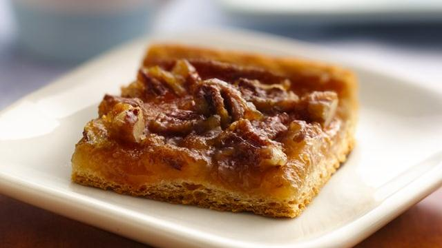 Quick Crescent Pecan Pie Bars