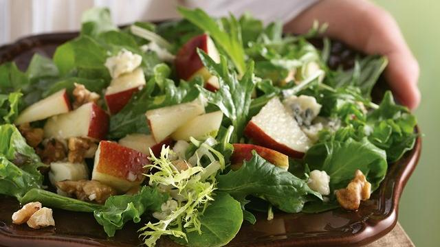 Image of Apple-gorgonzola Salad With Red Wine Vinaigrette, Pillsbury