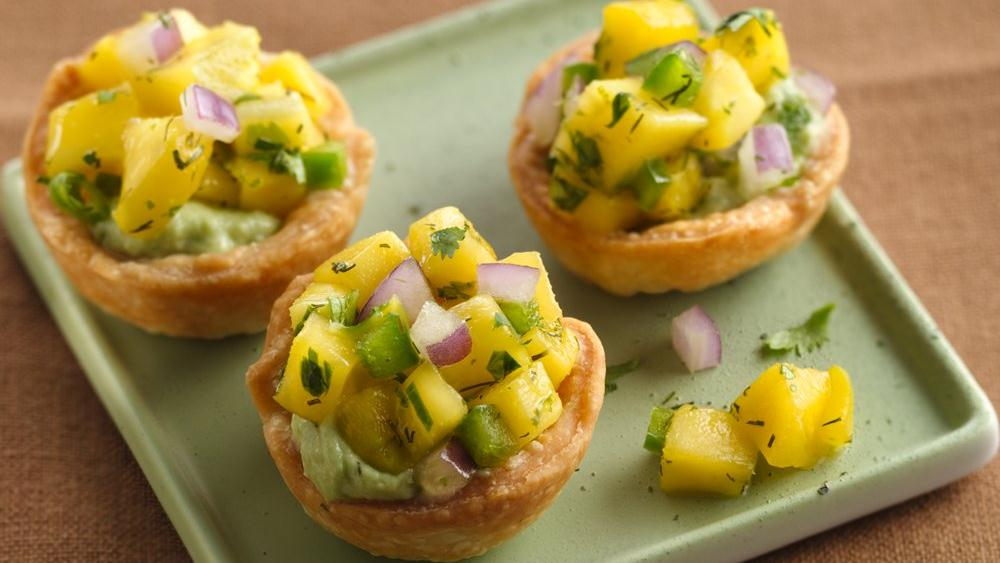 Mango Salsa Appetizer Bites