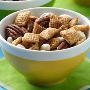 Chex™ Apple Cinnamon Pecan Snack Mix