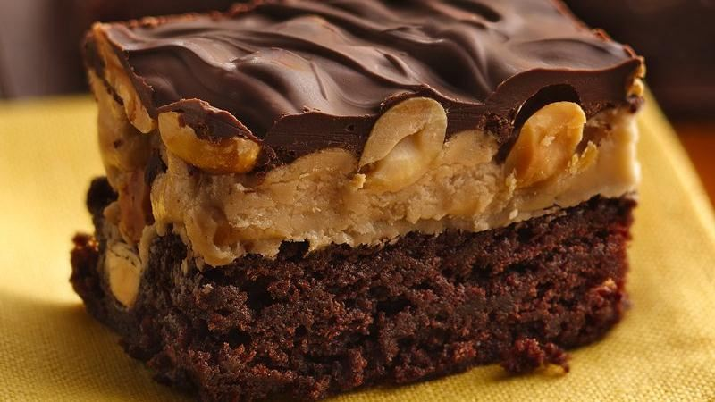 Peanut-Topped Brownies with Maple Filling