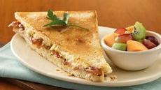 Turkey, Bacon and Brie Panini with Apricot Aioli Recipe