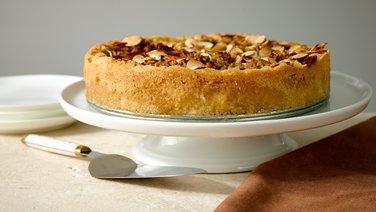 Apple Streusel Cookie Tart