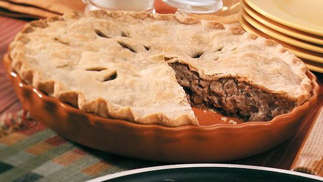 Beef and Mushroom Stroganoff Pie