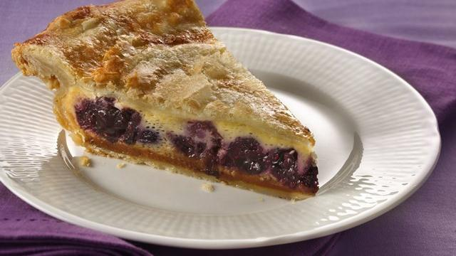 Pillsbury Magic Flan Berry Pie