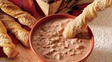 Pepper-Jack Crescent Twists with Salsa-Ranch Dip Recipe