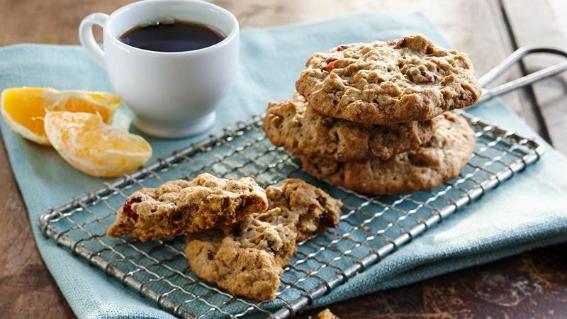Crunchy Peanut Butter Breakfast Cookies