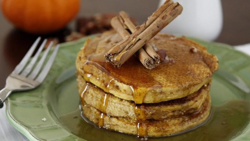 Pumpkin Pie Pancakes recipe from Betty Crocker