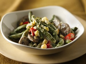 Slow-Cooker Company Green Bean Casserole