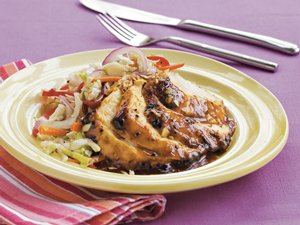 Skillet&#32;BBQ&#32;Chicken&#32;with&#32;Slaw
