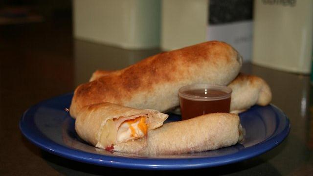 Image of Apple Turkey Wraps With Honey, Pillsbury