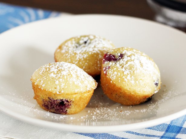 how to make blueberry pancakes with bisquick