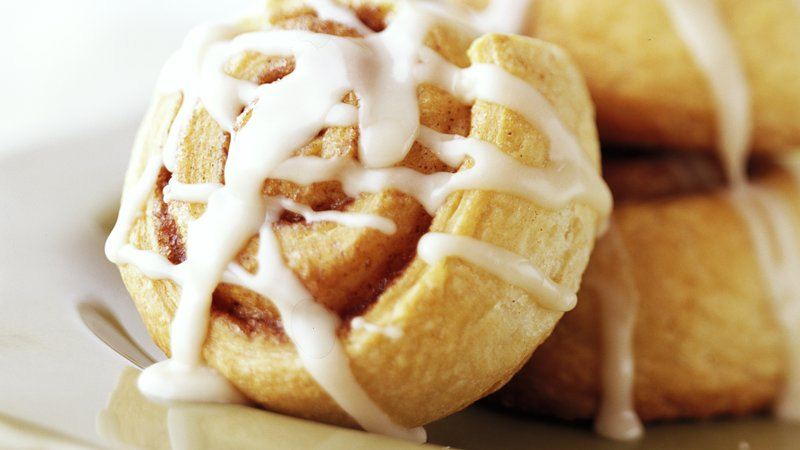 Skinny Quick Cinnamon Rolls recipe from Betty Crocker